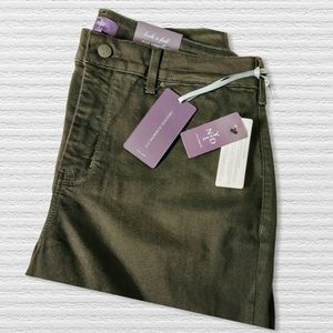 NYDJ Isabella Black Jeans 16W NWT Extra long